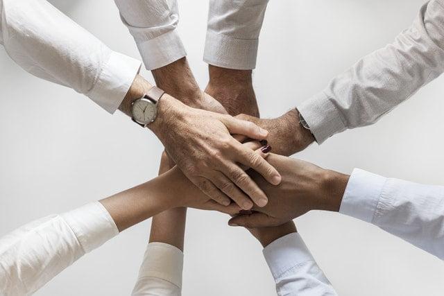 HR Manager motivating their staffs